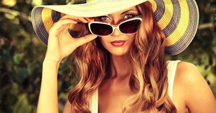 Il cappello è un accessorio molto particolare volto a rifinire una figura già ben definita in ogni suo particolare. Ma non a tutte le donne stanno bene gli stessi modelli. Ecco allora i consigli di Silk Gift Milan su come scegliere il capello perfetto in base alla forma del vostro viso! ;) http://www.stilefemminile.it/cappelli-quali-ti-donano/