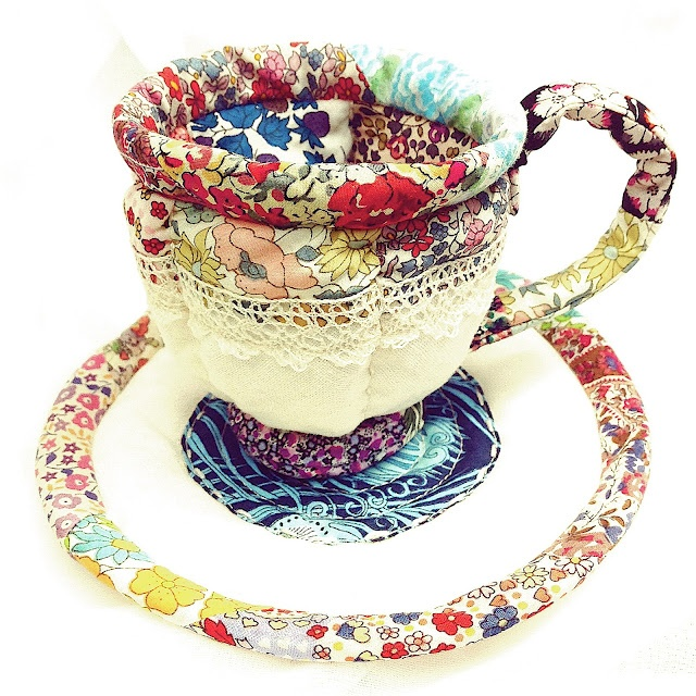 verykerryberry- Laurraine's/Patchwork Pottery pattern meets Liberty scraps: Crazy Quilts, Cups Attached, Teas Time, Teas Cups, Liberty Teas, Hatters Teas, Google Search, Ago Liberty, Cups Link