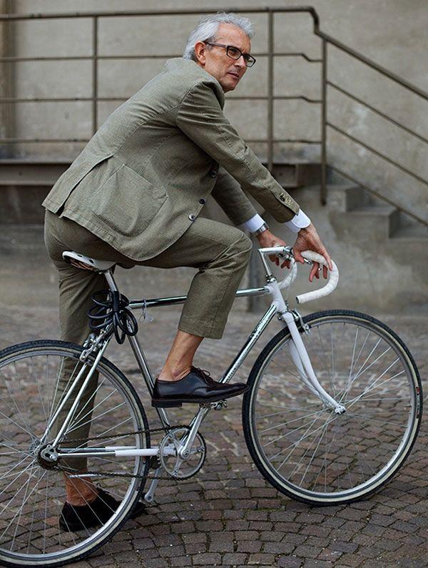 Cycle Chic, Iamge Source fashionising.com