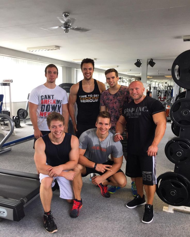 Today we were working out  in the #Extrifit Gym in Hradec Kralove @extrifit.cz  We've have met there one of our most successful #bodybuilder @vojta_koritensky  who is qualified to @mrolympiallc in @lasvegas in september this year  What an incredible experience!