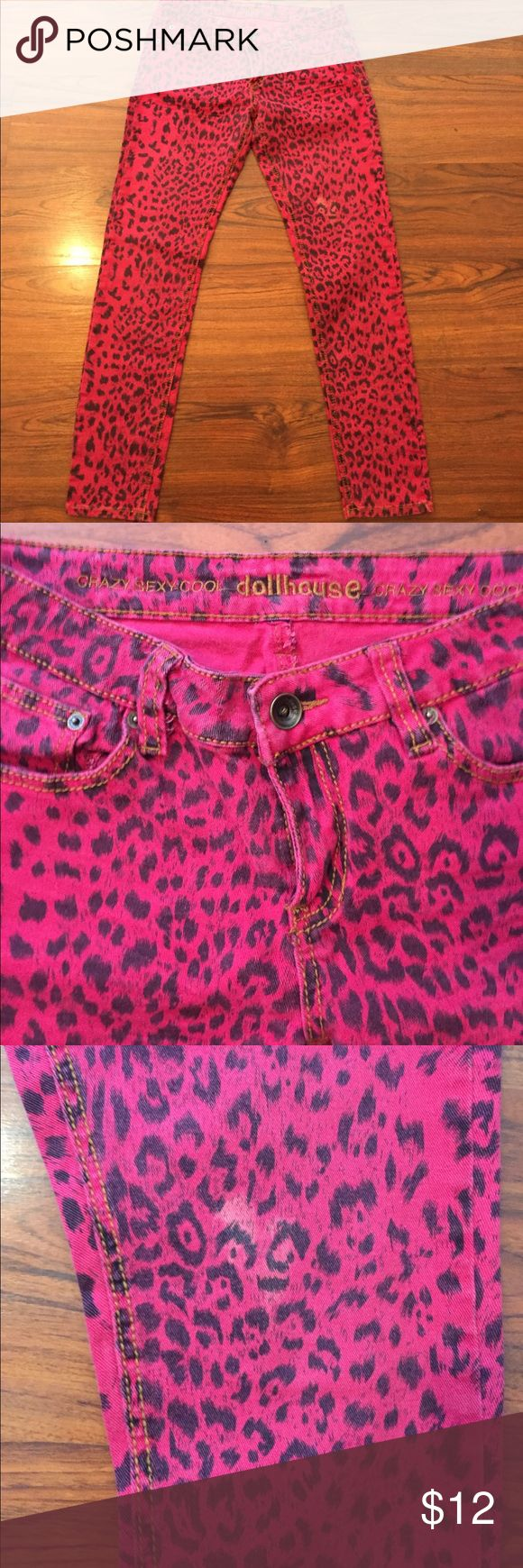 """Dollhouse Hot Pink Leopard Print Skinny Jeans 11 Dollhouse Jeans. Hot Pink or Fushia and black leopard print. Skinny jean fit. Small spot of discoloration as pictured. Size 11. 30"""" Inseam. Dollhouse Jeans Skinny"""