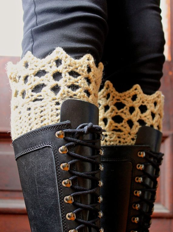 Yay boot cuffs!  Such an easy way to dress up a pair of boots! (Oh and can I just say that I'm pleased with how this pic turned out since I was taking it of myself! lol)