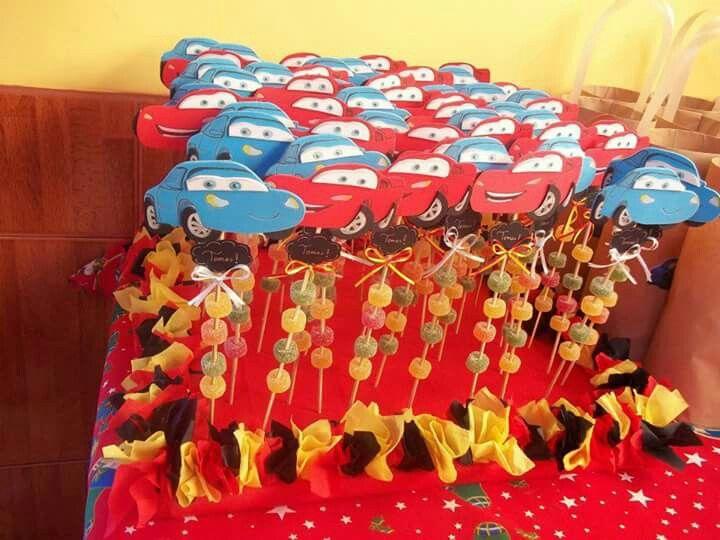 Brochetas de dulces Cars