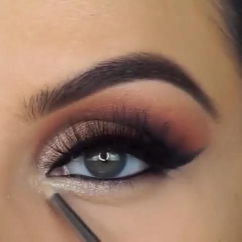 Smoke Eye Makeup, Grey Eye Makeup, Smokey Eye Makeup Look, Bold Makeup Looks, Hazel Eye Makeup, Makeup Looks For Brown Eyes, Subtle Makeup, Dramatic Eye Makeup, Smokey Eye Makeup Tutorial