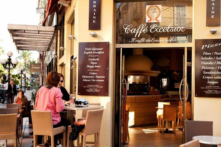 Ihastuttavia kahviloita Nizzassa riittää jokaiseen makuun. #nice #france #travel #matka #holiday #cafe #tjäreborg