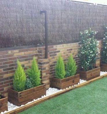 M s de 25 ideas incre bles sobre jardineras exterior en for Jardineras con bloques