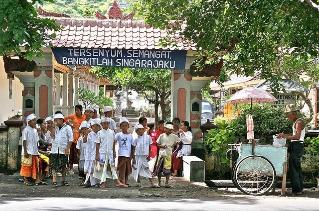 School in Pemuteran, with the icecream man