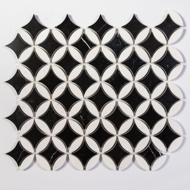 Nero Marquina/Thassos White Clover