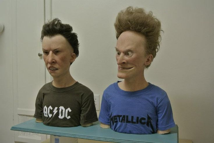 "Realistic ""Beavis and Butthead"" sculptures."