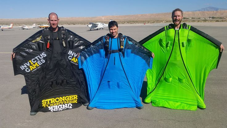 Day#2 Dusted with Team pilot Luke Rogers in 4th place! The 2017 Australian Parachute Federation Wingsuit Team.   #wingsuitworldcup2017 #getintoskydiving — attending 2nd FAI World Cup of Wingsuit Flying with James McKew and Luke Rogers at Skydive Fyrosity #wingsuit
