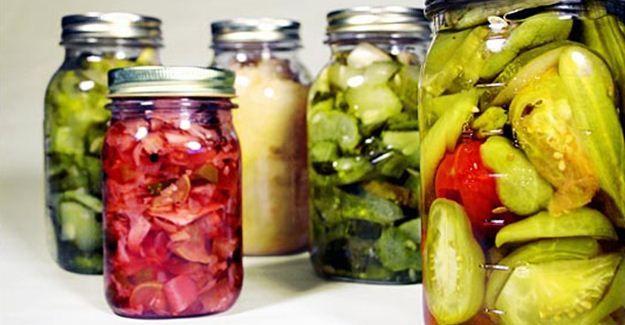 Készítsünk finom ecetes savanyúságot a nagymama receptje alapján