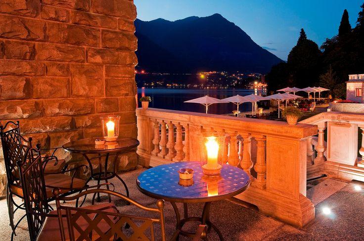 Cheer up to the week end! Taste one of our exclusive signature cocktail at #BarBellini while admiring #LakeComo... www.castadivaresort.com #TGIF #Enjoy #Luxury #Italian #Lifestyle #StayatCastaDiva #Italy