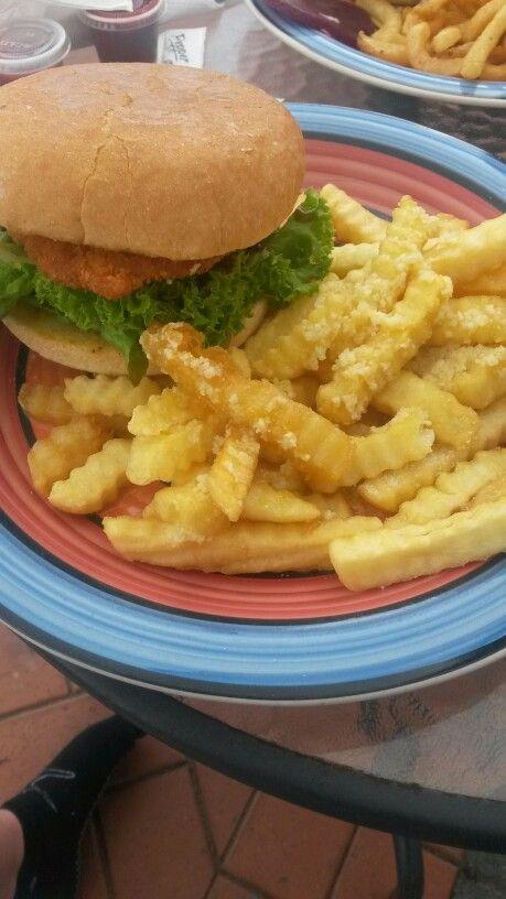 Chicken burger and garlic fries from fish supply waipawa. This was awful 2/10