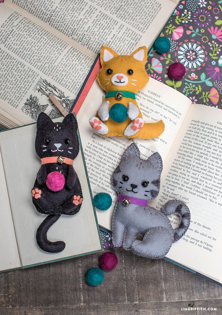 DIY Felt Craft Kittens - from MichaelsMakers Lia Griffith