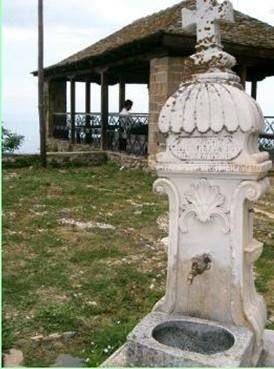Μια από τις κρήνες γύρω από τη Μονή (Μεγίστη Λαύρα, Άγιο Όρος) -One of the fountains around the monastery (Great Lavra, Mount Athos)