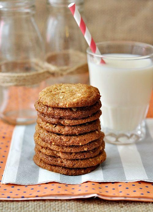 Peanut Butter & Oatmeal Spelt Cookies: A3 Peanut, Butter Spelt, Peanuts, House Smell, Oatmeal Spelt, Cookies Biscuits, Peanut Butter Oatmeal, Homemade Cookies, Spelt Cookies