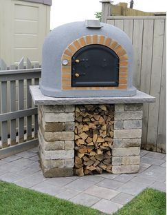 Buy this Outdoor Pizza Oven, Wood Fired, Insulated, w/ Brick Arch & Chimney with deep discounted price online today.