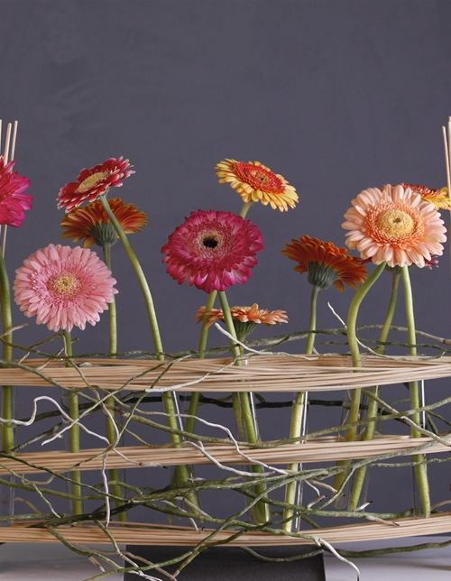 Inspiration with mini gerberas Cassis, Decora, Holiday and Loveyou & pomponi Gwenn