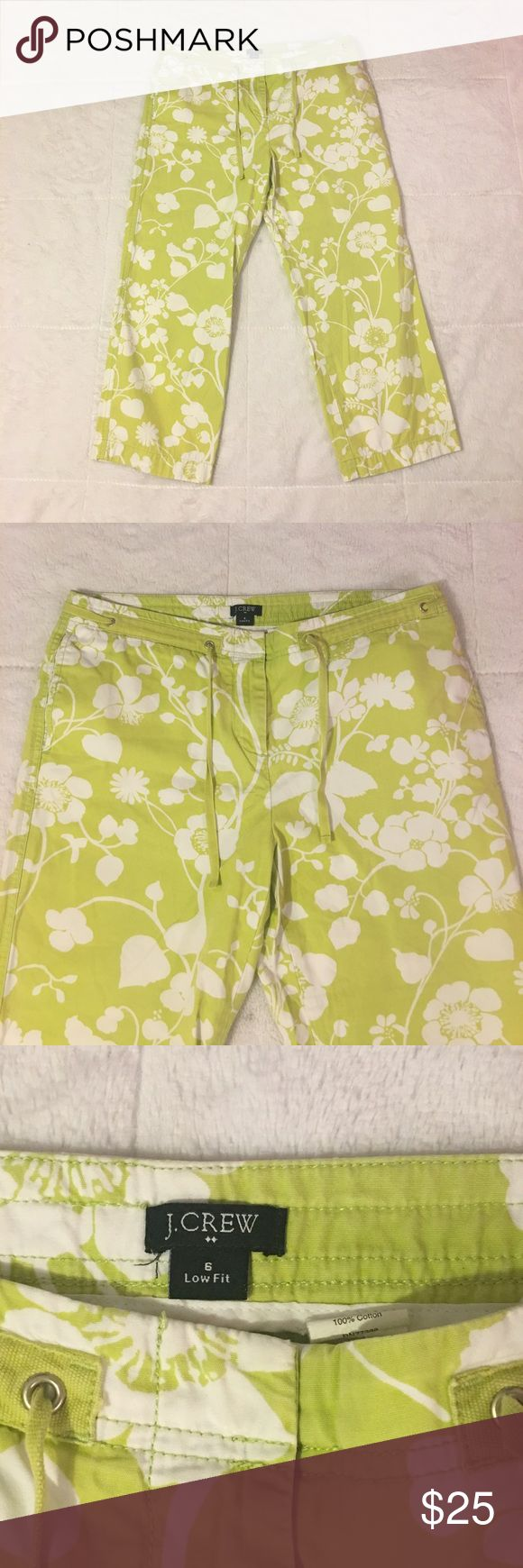 J. Crew Low Fit Floral Summer Pants Women's Size 6 J. Crew Low Fit Floral Summer Pants. Women's Size 6. Small Spot On Left Leg. Overall God Pre Owned Condition. J. Crew Pants