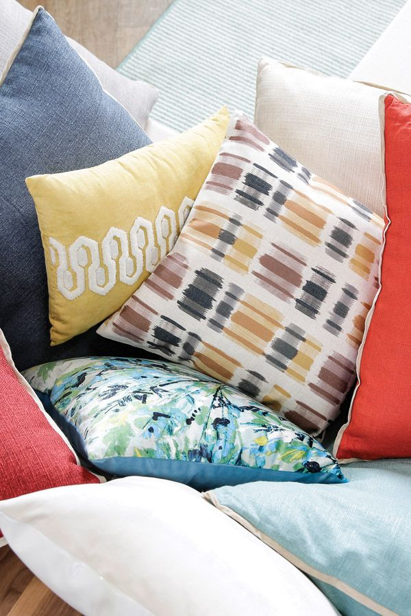 Brighten And Refresh Your Home With Colorful Décor Pillows! Good Looking