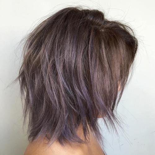37 schöne mittelgroße Frisuren, die Ihrer Fantasie freien Lauf lassen
