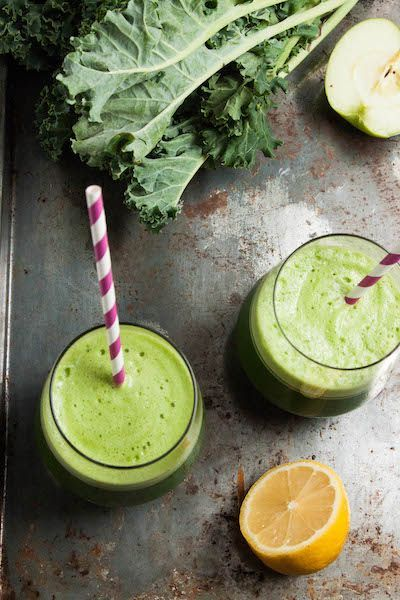 Refreshing Green Juice | TheCornerKitchenBlog.com #greenjuice #kale
