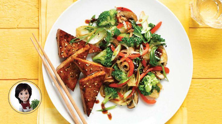 Envolez vous vers l'Asie avec cette recette de sauté de légumes et de tofu aux saveur d'Asie de Josée di Stasio