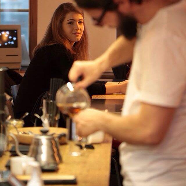 #coffee #specialitycoffee #thirdwavecoffee #gdansk #drukarniacafe #mariacka36 #3miasto #trojmiasto #poland #caffeine #barista #coffeelover #coffeetime #coffeebreak #drukarnia #typo #interior #design #dizajn #zaprojektowanewgdansku #drip #chemex #syfon