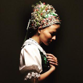 Bridal Headband from ca 1915, Slovakia