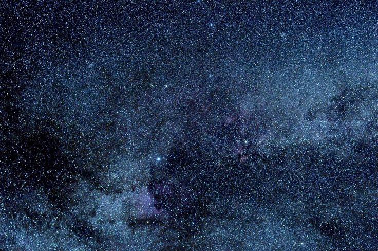 A Via Láctea: Região Cygnus. (Nikon D90 - 135s f/3.5 em 50,0 milímetros ISO3200).