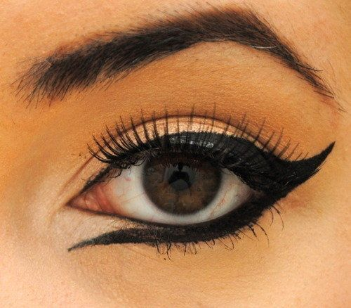 Not game enough to try but love this look - Backwards winged eye