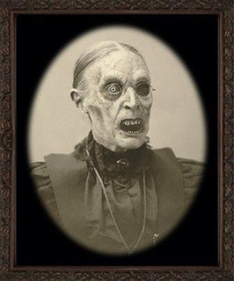Creepy Photo Vintage Halloween Portraits Pinterest