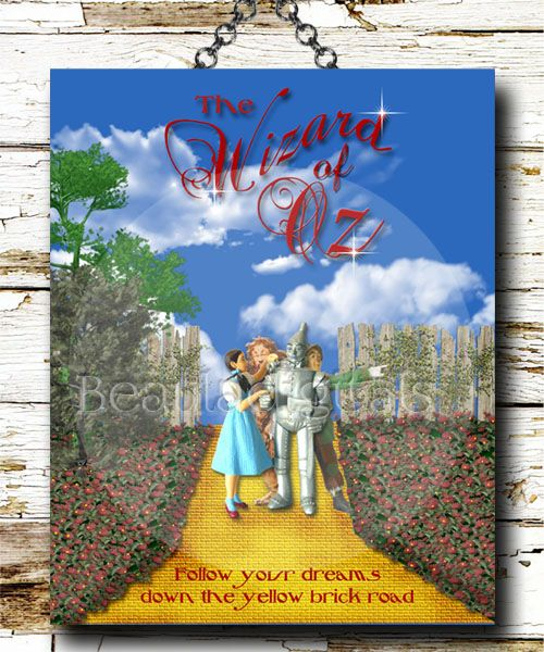 Who loves the Wizard of Oz! I know I do. This is one my favorite  designer prints I created with Dorothy, Lion heart, tin man and Scarecrow. I think Toto is still travelling up the yellow brick road to meet them.