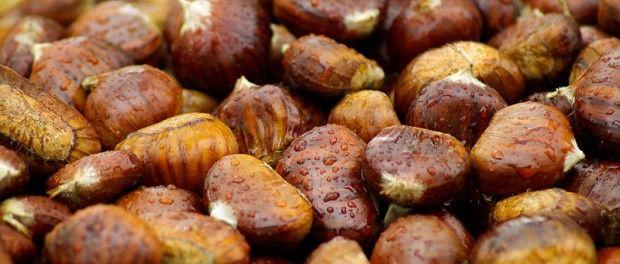 La #castaña es el fruto seco por excelencia del #otoño y sus propiedades se asemejan a la de los #cereales
