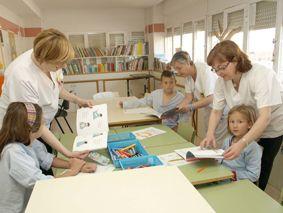 Biblioteca para pacientes infantiles del Hospital de San Carlos de Madrid (España)