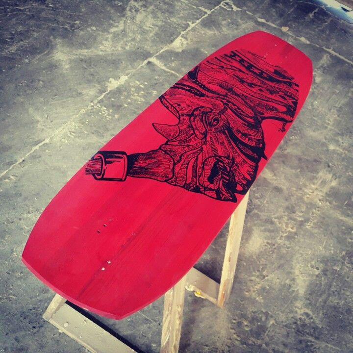 A custom optimum hand crafted deck.  25-27 wheel Base.  Personalised artwork.  Enquiries :ucruzlongboards@gmail.com.