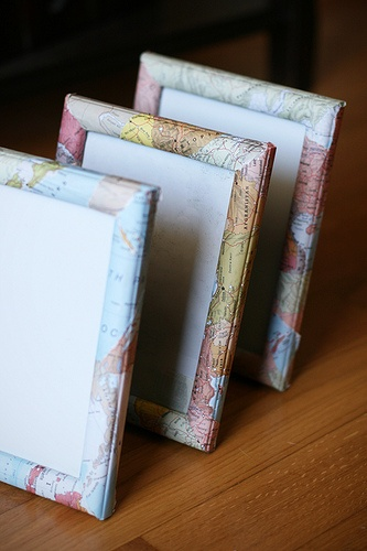 updating a frame with a map or book pages