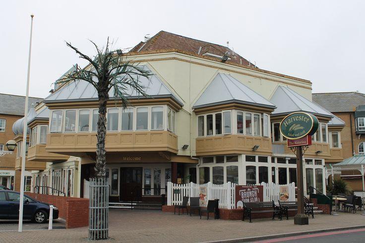 Katarina in Brighton Marina village