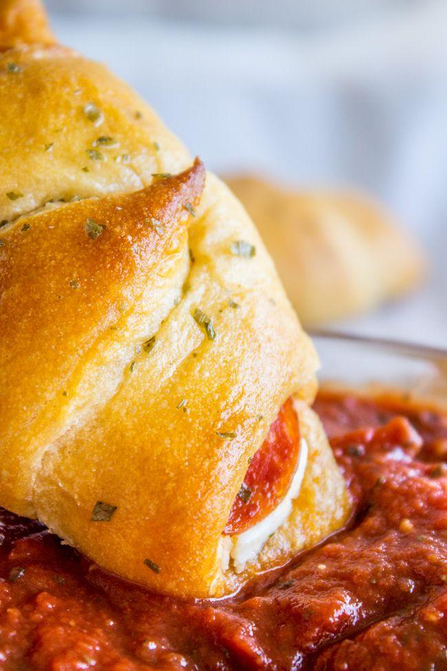 Crema de pepperoni rollos de media luna del queso de El charlatán de Alimentos