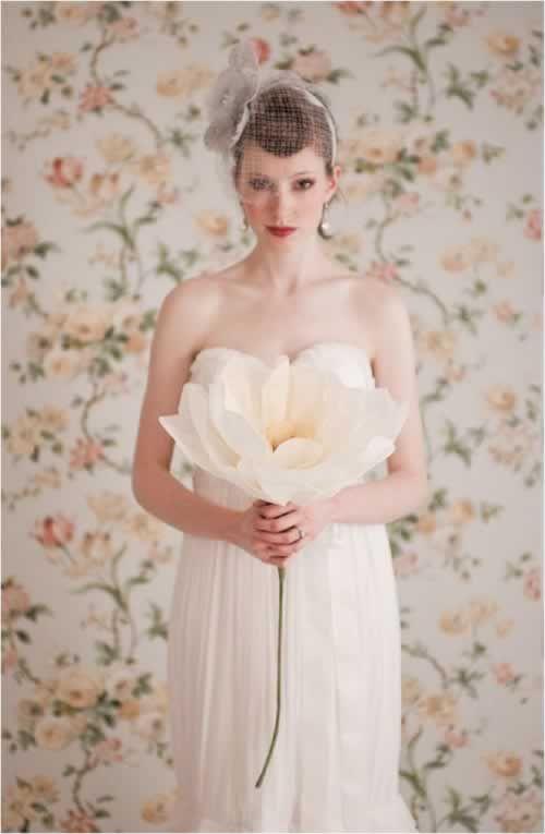 bruidsboeket grote papieren bloem