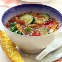 Recept - Tomaten-groentesoep met tofu - Allerhande