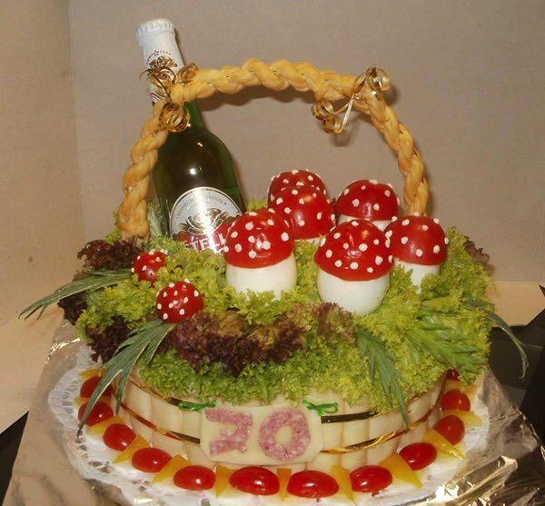 Slané torty sú veľmi obľúbené a čoraz viac získavajú na popularite. Kombináciou rôznych druhov syrov, zeleniny a šunky môžete vyrobiť nádherné slané torty, na ktorých si pochutnajú hlavne tí, ktorí...