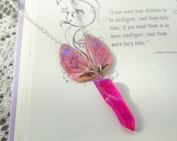 Zână aripa colier Aura cristal de cuarț de KristenJarvisART