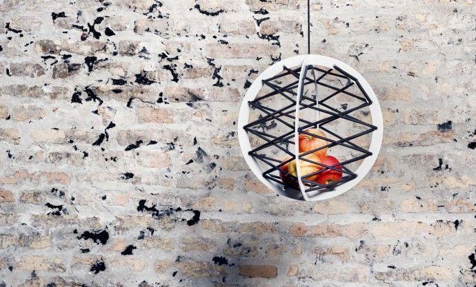 dénicheuse.com - Pluk - the hanging fruit basket