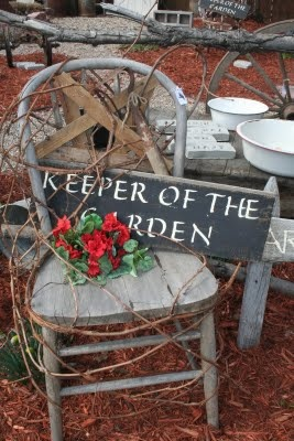 The Crows Corner keeper of the garden sign chair with a star as the backing idea