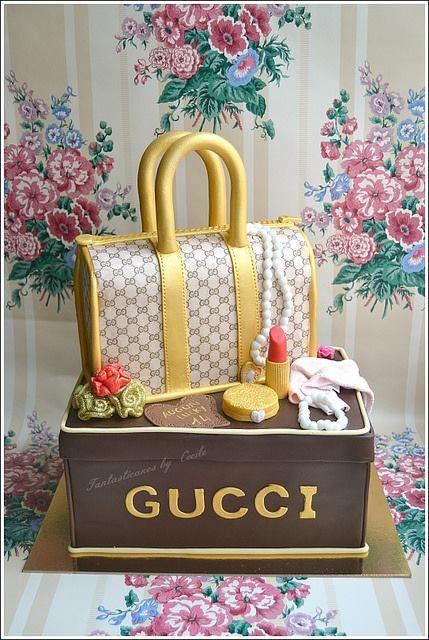 fotos de bolo Gucci
