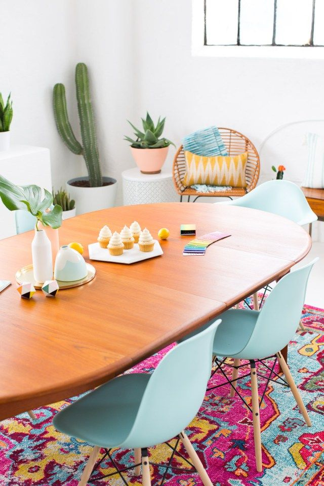 A Joyful and Modern Dining Room for Summer | Sugar & Cloth