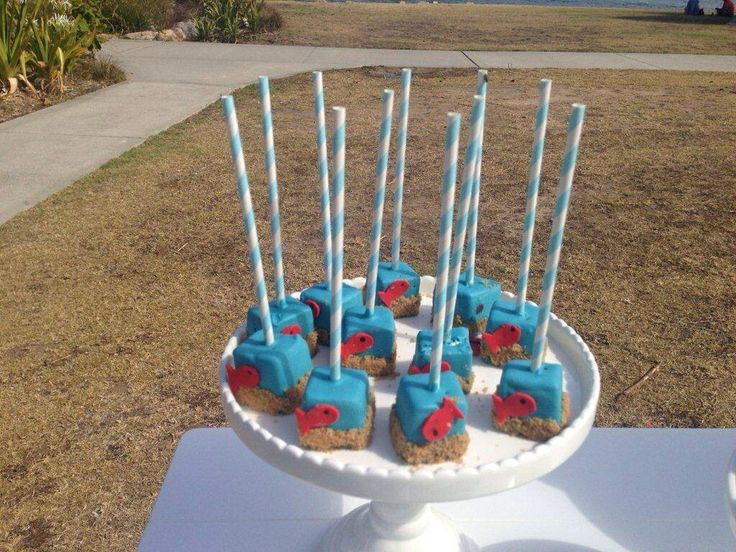 Under the Sea - Fish Cake Pops by Sweet Bloom Cakes - Dessert Buffet by Sweet Soirees (www.sweet-soirees.com.au)