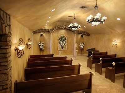 Chapel of the Flowers Las Vegas Weddings The Strip Wedding Venues 89104 | Here Comes The Guide