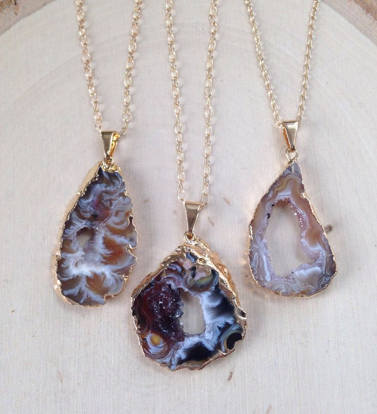 Geode Necklace on Gold Filled Chain / Geode Necklace / Geode Slice / Geode Jewelry / Raw Geode / Geode Slice Pendant / Geode Necklace, Geode by MalieCreations on Etsy